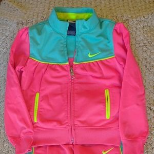Nike Track Suit 3T